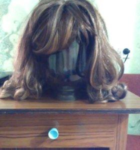 Продам парик почти новый