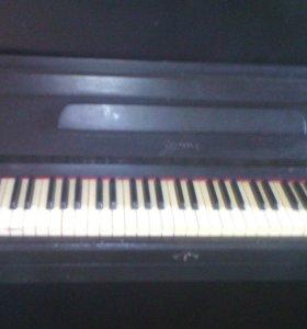 """Пианино """"Урал"""""""
