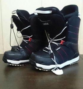 Ботинки для сноуборда 41 р.