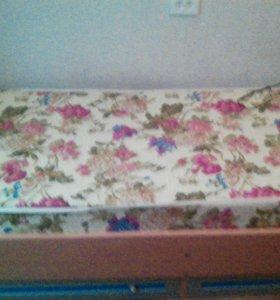 Кровать с 2 выкатными ящиками