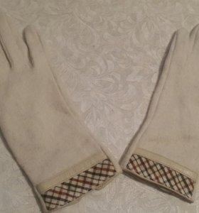 Перчатки женские Burberry