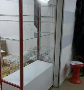 Шкаф стеклянный с подсветкой