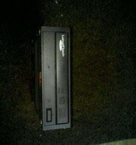 Дисковод для компьютера (ПК)