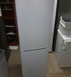 Двухкамерный холодильник из Финляндии