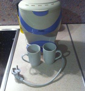 Кофеварка-отличный подарок на праздник!!!