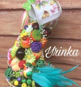 Парящая фруктово-цветочная чашка