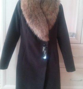 пальто зимнее 42р