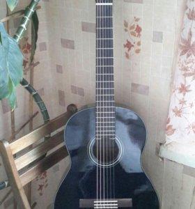 Гитара черная Yamaha C40BL