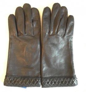 Перчатки кожаные новые фирма Gantes разм. 6.5
