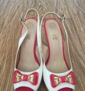Туфли женские новые, 37