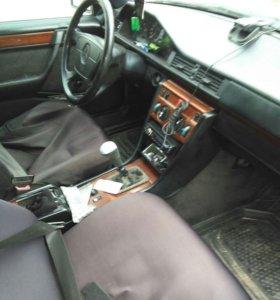 Mercedes-Benz v124