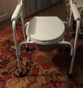 Туалетный стул