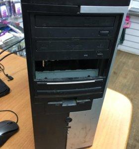 Системный блок и монитор,плюс клавиатура