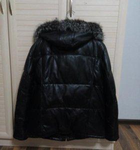 Кожаная зимняя куртка на пуху с натуральным мехом