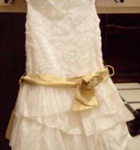 Продается праздничное платье