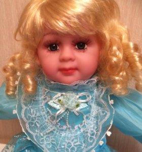 Кукла новая говорящая