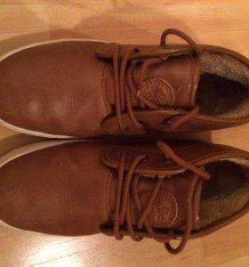 Ботинки для мальчика 37 размер,фирмы Zara,кожа