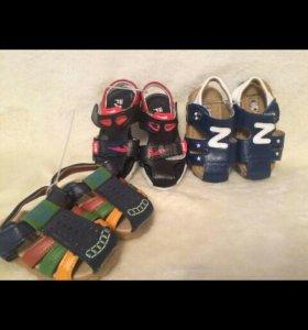 Обувь , сандали новые