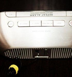 Часы с радио PHILIPS AJ1003/12