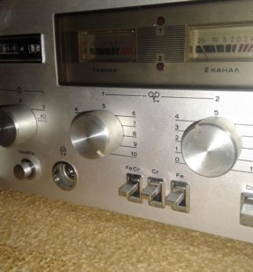 """Магнитофон """"романтика 220-стерео"""""""