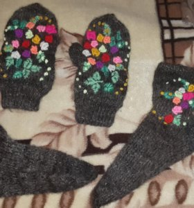 Варежки и носки