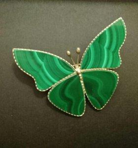 Бабочки-броши из натуральных минералов