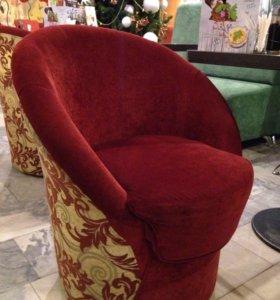 Кресла и столики