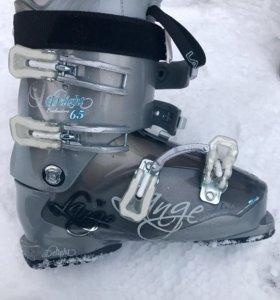 Продам горнолыжные лыжи и ботинки!