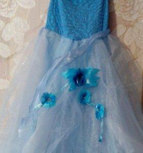 Платье, костюмы