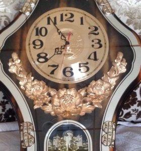 Часы настенные красивые