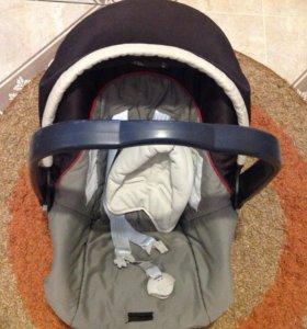 Автокресло для малыша Peg perego