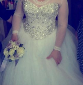 Продаётся свадебные платья