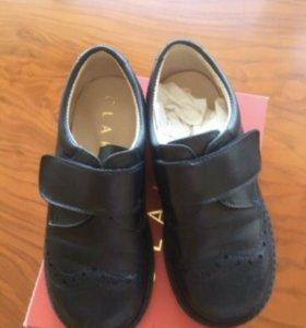 Ботинки на мальчика,27размер