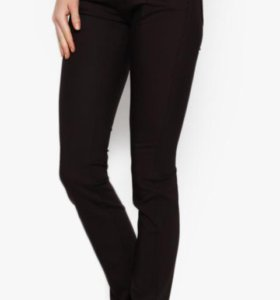 Брюки-джинсы новые