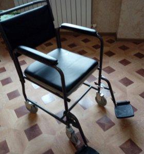 Инвалидное кресло (туалет)