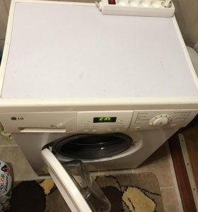 Продаётся Стиральная машинка LG