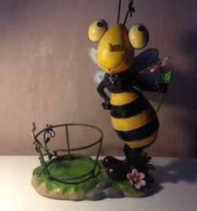 Кашпо пчелка