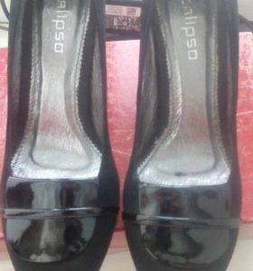 Женское обувь
