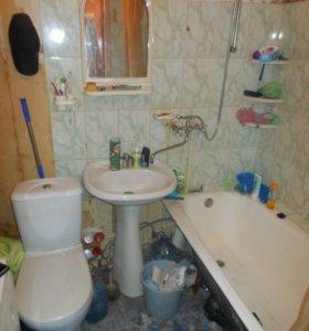 Продаю двухкомнатную квартиру на фосфоритном