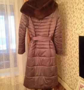 Новое зимнее пальто -пуховик