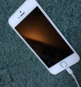 Айфон 5s silver 16 gb