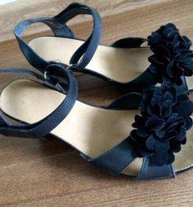 Босоножки летние туфли Riecker