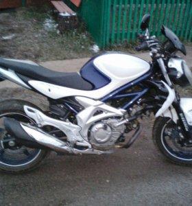 Мотоцикл Suzuki 400