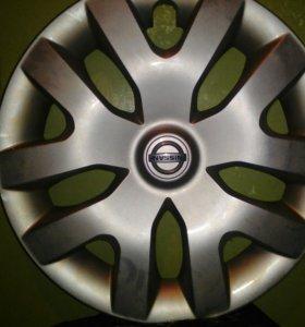 Колпаки фирменные комплект на Nissan R 16