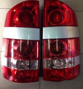 Фонари задние Toyota Noah AZR60 28-157