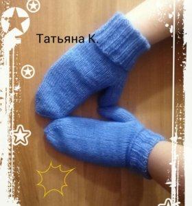 Варежки тёплые)