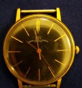Часы Луч 23 камня позолоченные Au 20
