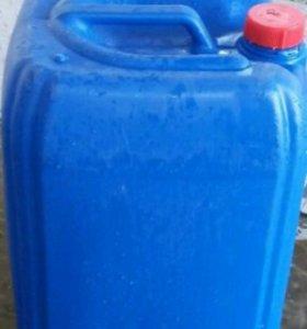 Продам пластиковые канистры 30 литров