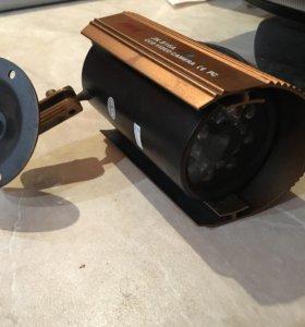 Камера видеонаблюдения (антивандальная)