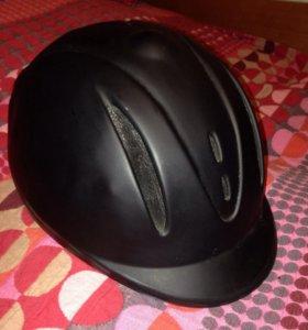Шлем- каска для верховой езды